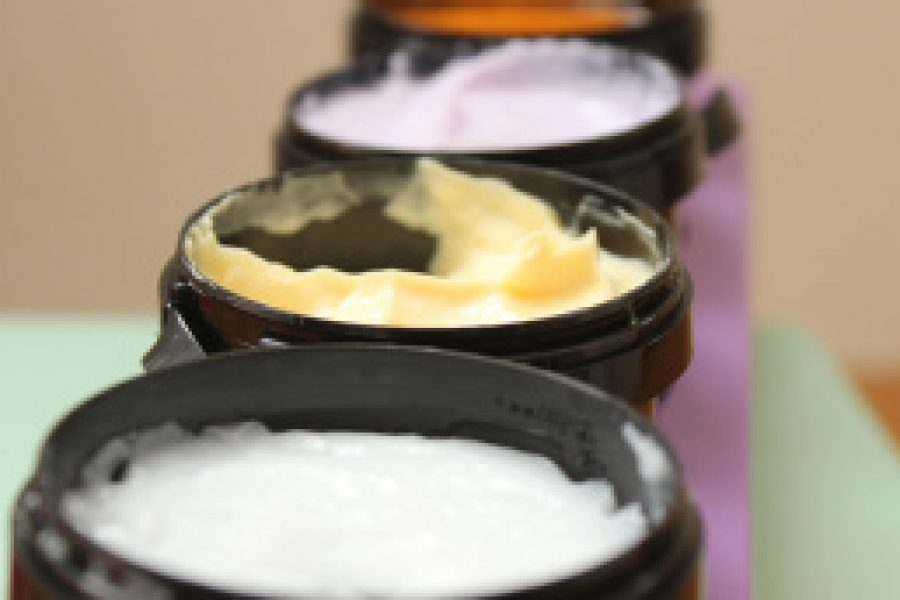 Schwangerschaft: Vorsicht bei Parabenen in Kosmetik