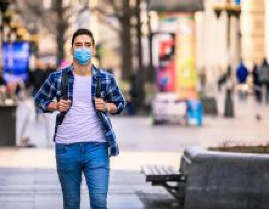 Maske: Menschen mit Allergien profitieren doppelt